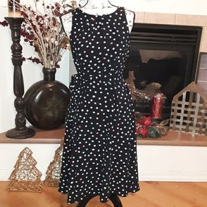 Ellie below knee polka dots dress size 4